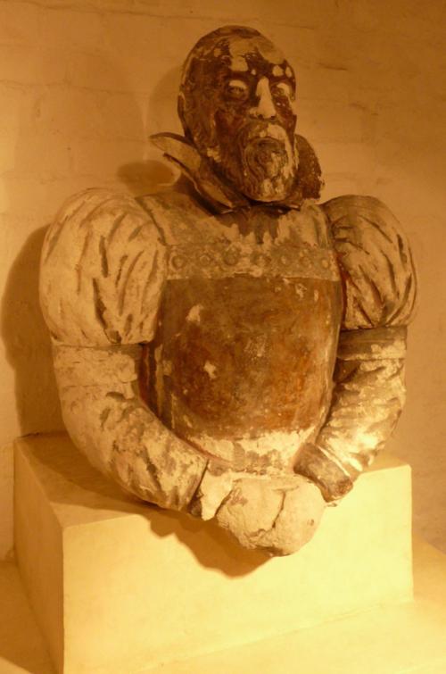 Mayerne monument